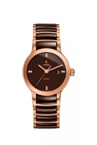 """Reloj Rado para mujer de acero dorado y cerámica marrón con diamantes """"Centrix"""" R30183722."""
