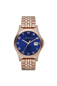 """Reloj Marc by Marc Jacobs de mujer """"Slim"""", dorado en oro rosa y esfera azul MBM3316."""
