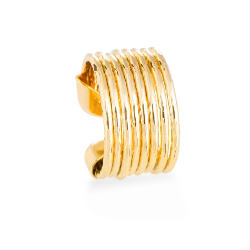 """Anillo de acero dorado en oro amarillo, de inspiración ochentero, """"Saans"""" de Luxenter."""