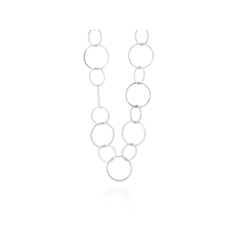 """Collar largo de eslabones en acero rodiado, """"Pallau"""" de Luxenter."""