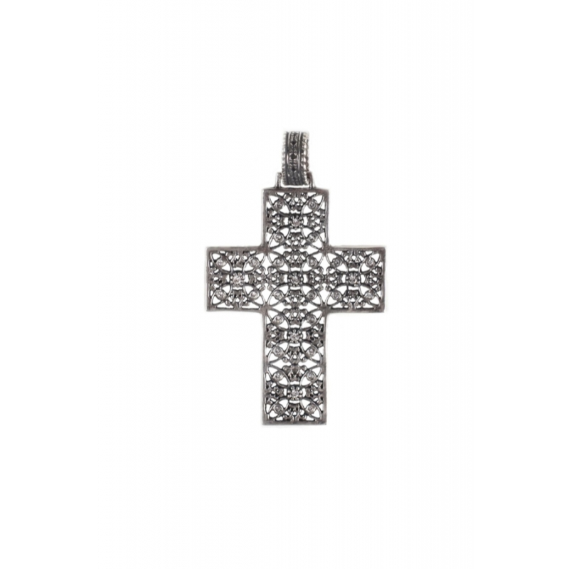 Cruz grande de plata envejecida y piedras Swarovski®, de Antara.