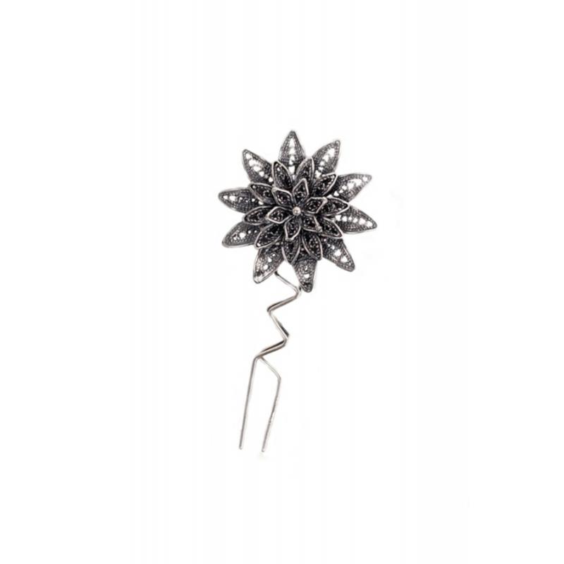 Peina para novia en plata envejecida en forma de roseta grande, de Antara.