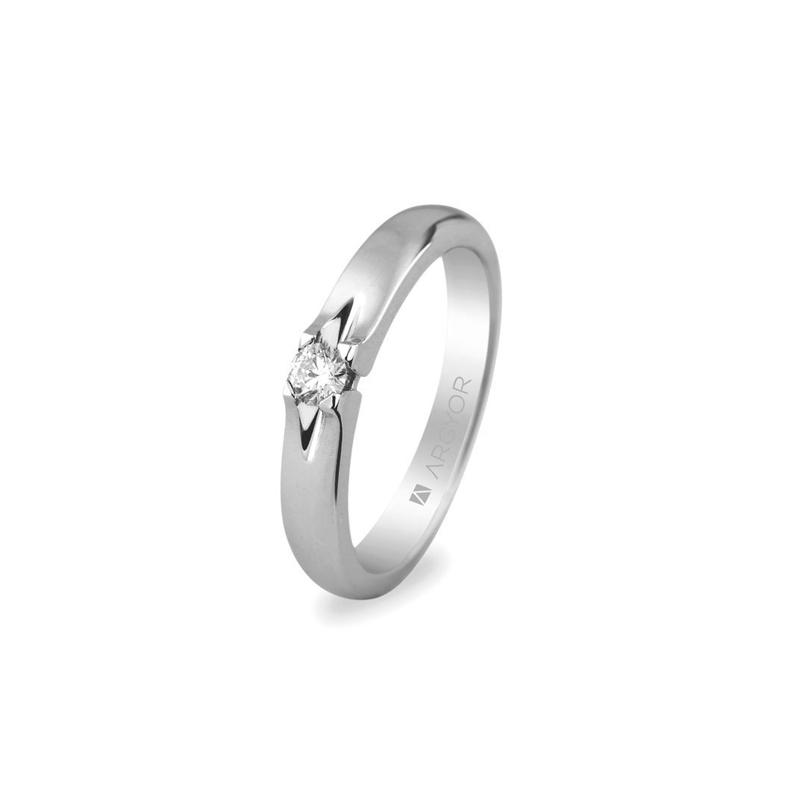 Solitario de oro blanco con diamante, para novia, de Argyor.