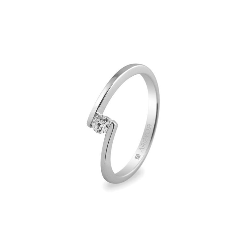8c51041216b4 Solitario de oro blanco con diamante