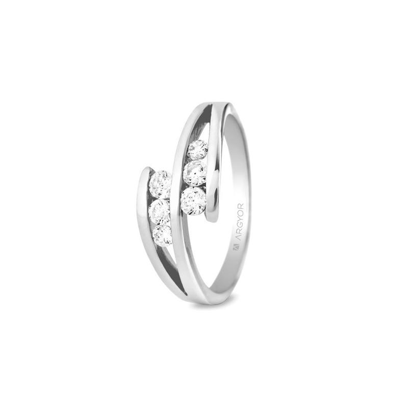 Anillo de oro blanco con 6 diamantes, peso total de 0.352 ct., de Argyor Compromiso.