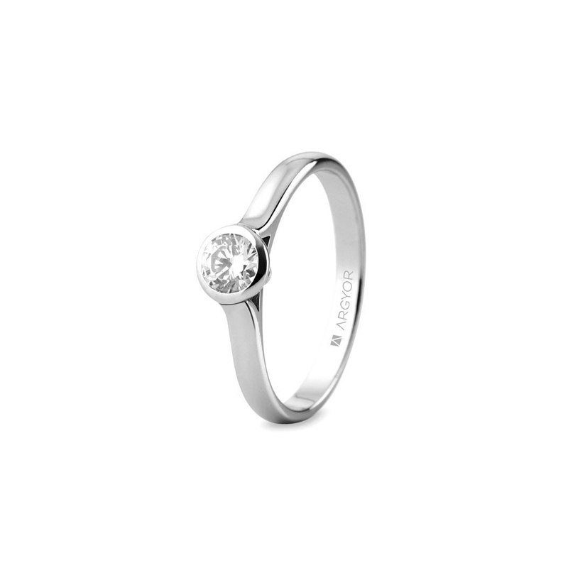 Solitario de oro blanco con diamante de 0,34 quilates, de Argyor Compromiso.