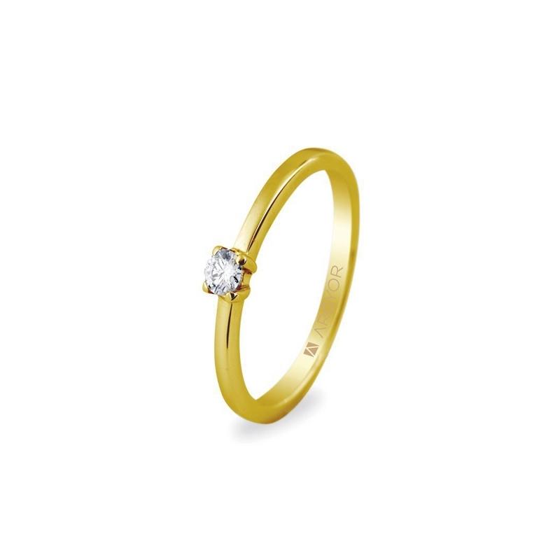 Solitario de oro amarillo con circonita, de diseño minimalista, de Argyor.