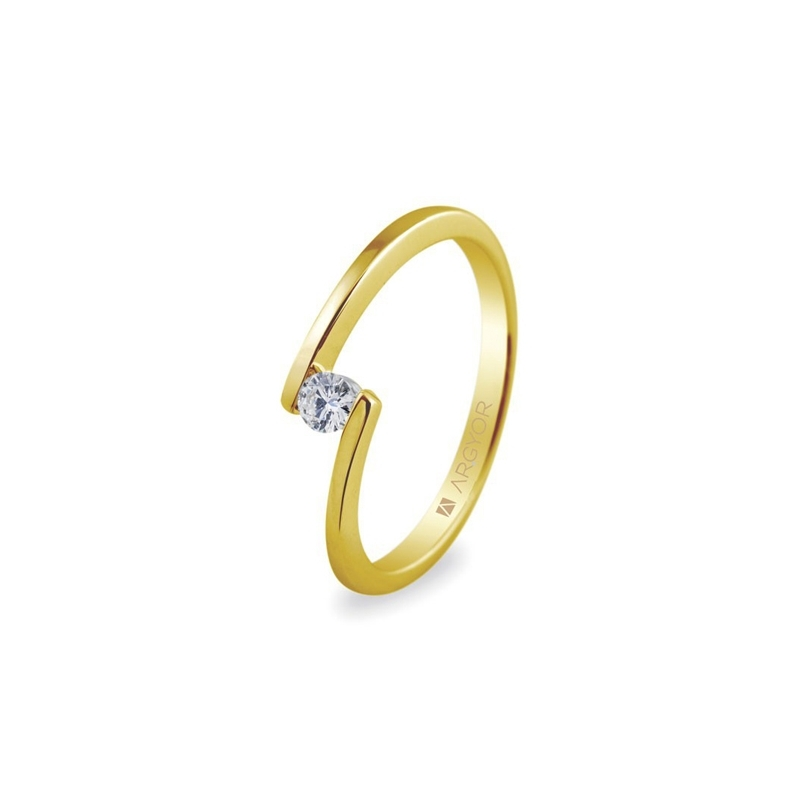 Anillo de oro amarillo con circonita, minimalista y elegante, de Argyor Compromiso.