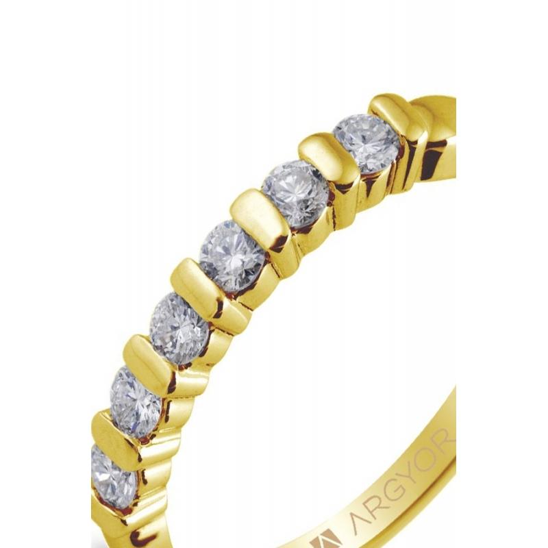 2ac609a30886 Media alianza de oro amarillo con 6 diamante