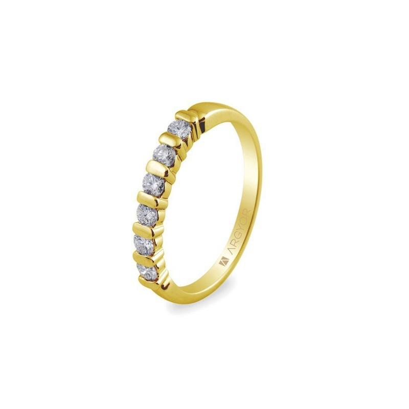 Media alianza de oro amarillo con 6 diamante, peso total 0,39 ct., de Argyor Compromiso.
