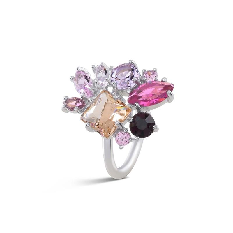 """Anillo plateado con cristales de colores tono rosados, """"Driskel"""" de Luxenter."""